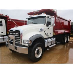 2017 MACK GU713 DUMP, VIN/SN:1M2AX07C3HM036491 - T/A, 455 HP MACK MP8 ENGINE, ALLISON 4500 RDS A/T,