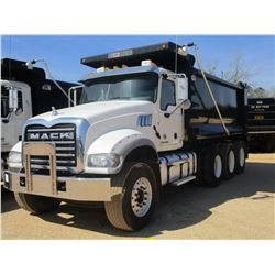 2017 MACK GU713 DUMP, VIN/SN:1M2AX07CXGM060320 - TRI-AXLE, 455 HP MACK MP8 ENGINE, ALLISON 4500 RDS