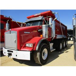2014 KENWORTH T800 DUMP, VIN/SN:1NKDGGGG10J385506 - GLIDER KIT, TRI-AXLE, 420 HP CAT C12 ENGINE, 8LL