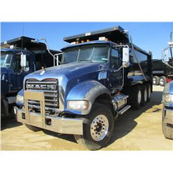 2009 MACK GU713 DUMP, VIN/SN:1M2AX09C49M007239 - TRI-AXLE, MACK MP8-425M ENGINE, MACK T310M 10 SPD T