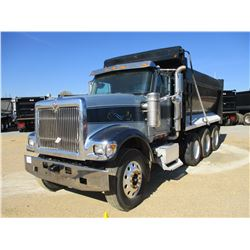 2009 INTERNATIONAL 5900i DUMP, VIN/SN:1HTXRAPRX9J126679 - TRI-AXLE, CUMMINS DIESEL ENGINE, 8LL TRANS