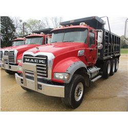 2008 MACK GU713 DUMP, VIN/SN:1M2AX09C98M003802 - TRI-AXLE, MACK MP8425M DIESEL ENGINE, T310 10 SPEED