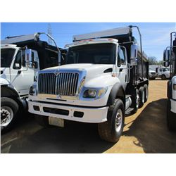 2005 INTERNATIONAL 7600 DUMP, VIN/SN:1HTWYAHT55J132151 - TRI-AXLE, CUMMINS DIESEL ENGINE, ALLISON A/