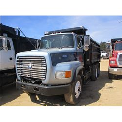 1996 FORD L8000 DUMP, VIN/SN:1FDZY8ZE8TVA05148 -T/A, FORD DIESEL ENGINE, A/T, 44K REARS, 12K FRONT,