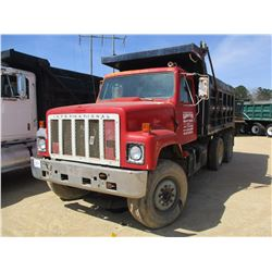 1989 INTERNATIONAL S2500 DUMP, VIN/SN:1HSZPJUT2KH654443 - T/A, CUMMINS DIESEL ENGINE, 9 SPEED TRANS,