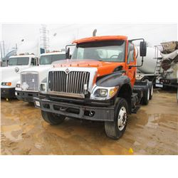 2005 INTERNATIONAL 7600 TRUCK TRACTOR, VIN/SN:1HSWXAHR85J028510 - T/A, CUMMINS DIESEL ENGINE, A/T, 2