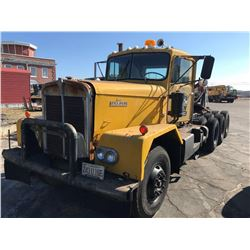 1968 KENWORTH TRUCK TRACTOR, VIN/SN:82905 - TRI-AXLE, HEAVY HAUL, CUMMINS DIESEL ENGINE, 5-4 DOUBLE