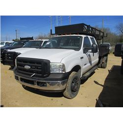 2006 FORD F350 FLATBED SERVICE TRUCK, VIN/SN:1FDWW37P46EA50288 - 4X4, CREW CAB, POWERSTROKE FORD DIE