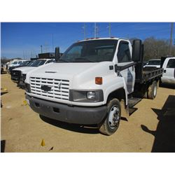 2007 CHEVROLET 5500 FLATBED, VIN/SN:1GBE5C1G17F426389 - S/A, GAS ENGINE, A/T, 12' FLATBED BODY, ODOM