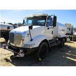 2009 INTERNATIONAL 8600 TRANS STAR WATER TRUCK, VIN/SN:1HSHWAHN39J122423 - S/A, IHC DIESEL ENGINE, 1