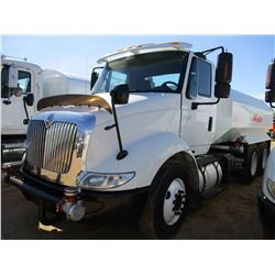 2006 INTERNATIONAL 8600 WATER TRUCK, VIN/SN:1HSHXAHR26J353261 - T/A, CUMMINS DIESEL ENGINE, 10 SPEED