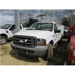 2005 FORD SERVICE TRUCK, VIN/SN:1FDSF21PX5EA93050 - 4X4, FORD POWERSTROKE DIESEL ENGINE, A/T, TOOL B