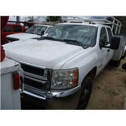 2009 CHEVROLET 3500HD, SERVICE TRUCK, VIN/SN:1GBJC73K39F110170 - V8 GAS ENGINE, A/T, CREW CAB, TOOL