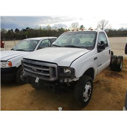 2005 FORD F450 CAB & CHASSIS, VIN/SN:1FDWW37P95EA90090 - POWER STROKE DIESEL ENGINE (DOES NOT RUN)