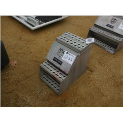 ROAD GEAR ALUMINUM TOOL BOX