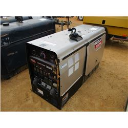 VANTAGE 300 WELDER/GENERATOR, - DIESEL ENGINE, METER READING 54 HOURS