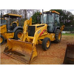 "2000 JOHN DEERE 310E LOADER BACKHOE, VIN/SN:882053 - E-STICK, GP BUCKET, 24"" HOE BUCKET, ECAB W/AIR,"