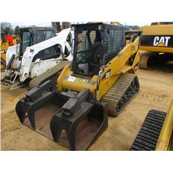 CAT 257B2 SKID STEER LOADER, VIN/SN:SLK09464 CRAWLER, GRAPPLE, CANOPY, METER READING 3,121 HOURS