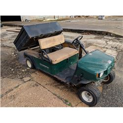 CUSHMAN COMMANDER GOLF CART, VIN/SN:1471640 - GAS ENGINE (SELLING ABSENTEE) (LOCATED IN ANDALUSIA, A