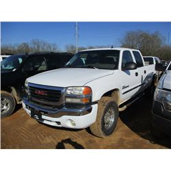 2006 GMC 2500 HD PICK UP, VIN/SN:1GTHK23D66F146352 - 4X4, CREW CAB, DURAMAX DIESEL ENGINE, A/T, TOOL