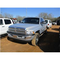 1999 DODGE 2500 PICKUP, VIN/SN:1B7KF2365XJ611262 - 4X4, EXTENED CAB, CUMMINS TURBO DIESEL ENGINE, A/