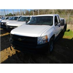2011 CHEVROLET SILVERADO PICK UP, VIN/SN:1GCRKPE02BZ392562 - 4X4, EXTERNAL CAB, V8 GAS ENGINE, A/T,