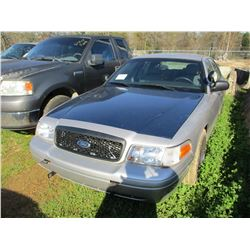 2009 FORD CROWN VICTORIA, VIN/SN:2FAHP71V19X143366 - V8 GAS ENGINE, A/T, ODOMETER READING 204,532 MI