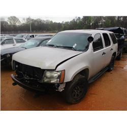 2008 CHEVROLET TAHOE VIN/SN:1GNEC03018R132272 - V8 GAS ENGINE, A/T (DOES NOT RUN) (STATE OWNED)