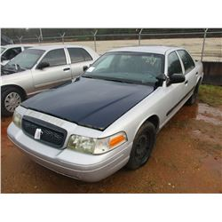 2002 FORD CROWN VICTORIA VIN/SN:2FAFP71W02X130503 - GAS ENGINE, A/T