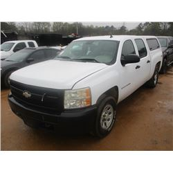 2007 CHEVROLET SILVERADO PICK UP, VIN/SN:2GCEK13C271581317 - 4X4, CREW CAB, GAS ENGINE, A/T, CAMPER