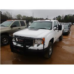 2011 GMC 2500 HD PICK UP, VIN/SN:1GT22ZCGXBZ445960 - 4X4, EXT CAB, GAS ENGINE, A/T