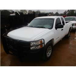 2013 CHEVROLET SILVARDO PICK UP, VIN/SN:1GCRKPEA6DZ182509 - 4X4, EXTENDED CAB, GAS ENGINE, A/T, BRUS