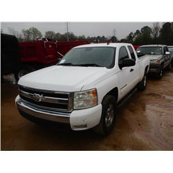 2007 CHEVROLET SILVERADO PICK UP, VIN/SN:1GCEC19C97Z564879 - EXTENDED CAB, GAS ENGINE, A/T, ODOMETER