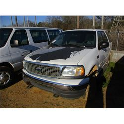 2000 FORD EXPEDITION VIN/SN:1FMPU16L0YLB37617 - 4X4, V8 GAS ENGINE, A/T, ODOMETER READING 202,290 MI