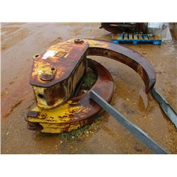 CAT GRAPPLE FIT LOG SKIDDER