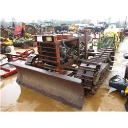 HG65 CRAWLER TRACTOR, VIN/SN:38GA422 - STRAIGHT BLADE, GAS ENGINE