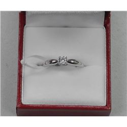925 Sterling Silver Ring 1ct CZ Solitaire. Size 8