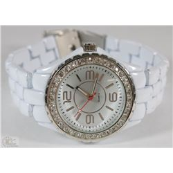WHITE RHINESTONE QUARTZ WATCH