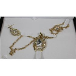 GOLD PLATED FASHION JEWELLERY SET WITH NECKLACE