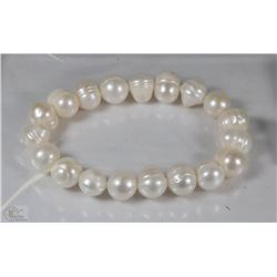 #82- FRESH WATER PEARL BRACELET 7.5""