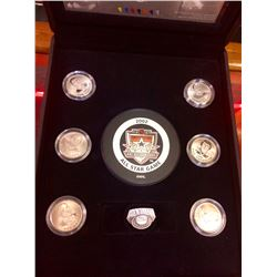 NHL: 2002 All Stars Commemorative set included 6 coins,Stamps, puck & pin