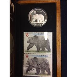 MRC: 2004 Canada 8 Dollar sterling coin and Stamp -the Great Grizzly