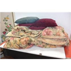 DECORATOR BED LINENS & PILLOWS