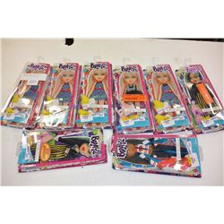 8 BRATZ FASHION PACKS