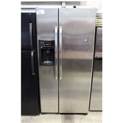 STAINLESS STEEL GE SIDE BY SIDE REFRIGERATOR WITH ICE AND WATER