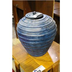 DECORATIVE BLUE GINGER JAR