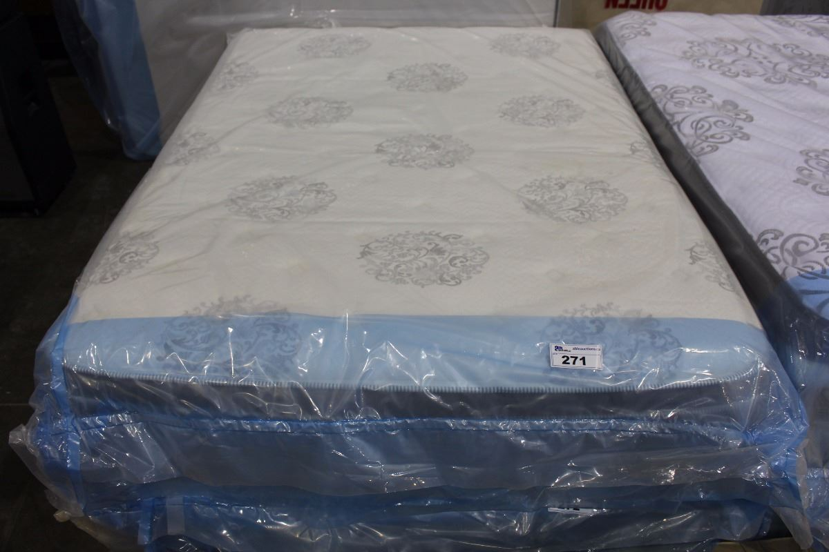 Queen Size Serta Pillow Top Mattress
