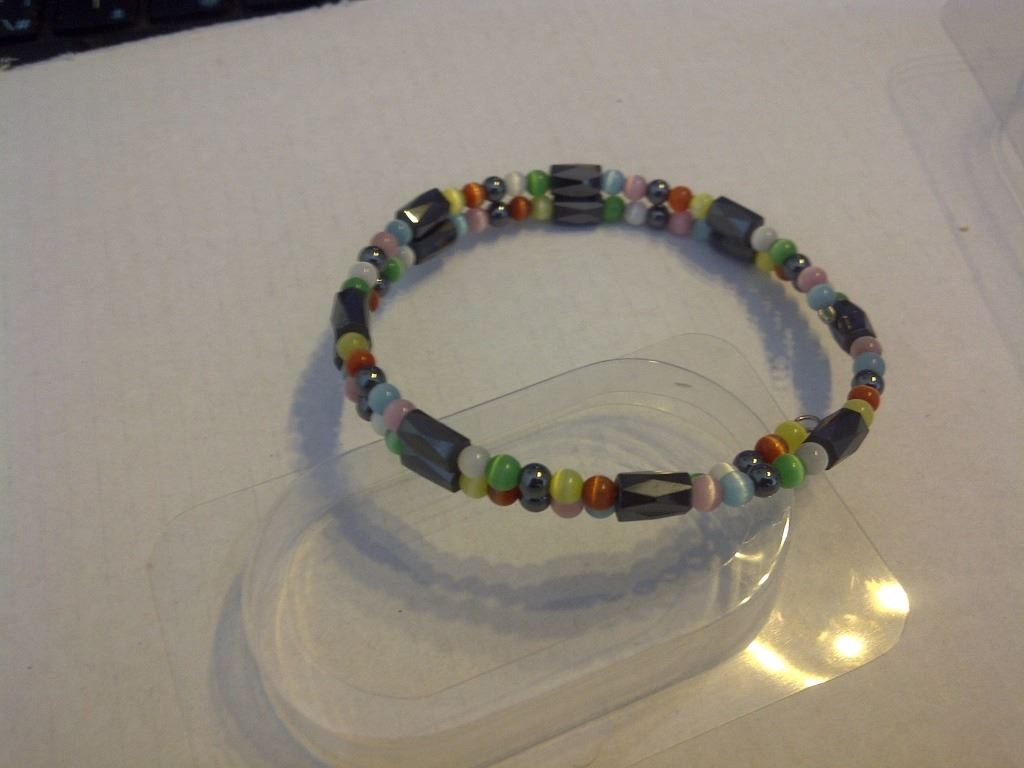 Image 1 New Dragonstone Magnetic Braclet 750 Hy Days