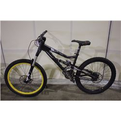 BLACK DEVINCI FRANTIK 18 SPEED FULL SUSPENSION MOUNTAIN BIKE WITH FULL DISC BRAKES