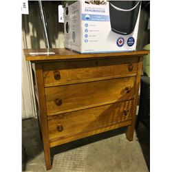 SOLID MAPLE WOOD 3 DRAWER LOCKING DRESSER